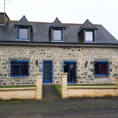 Fenêtres, porte d''entrée en ALU Bel''M et volets roulants solaires - Saint Jacut du mené, Côtes d''Armor