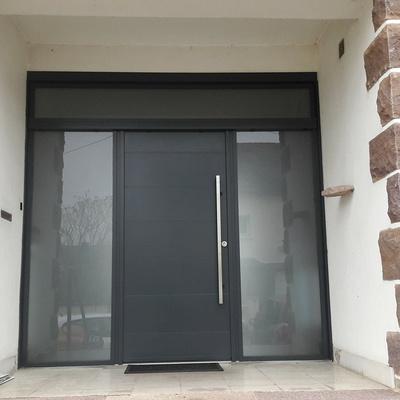 Installation d''une porte d''entrée à Loudéac (22)